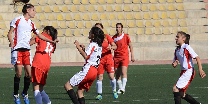 Genç ve Yıldız kızlar grupları Gaziantep'te oynanacak
