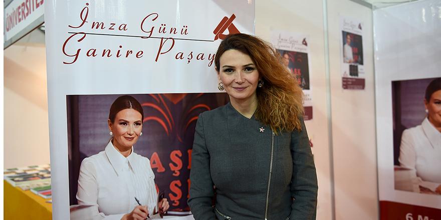 Ganire Paşayeva'dan Abuşoğlu'na teşekkür