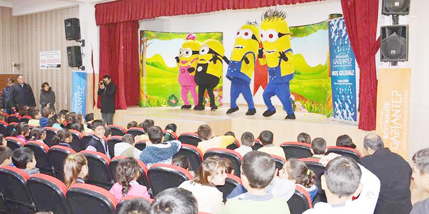 Öğrenciler müzik gösterisinde eğlendi