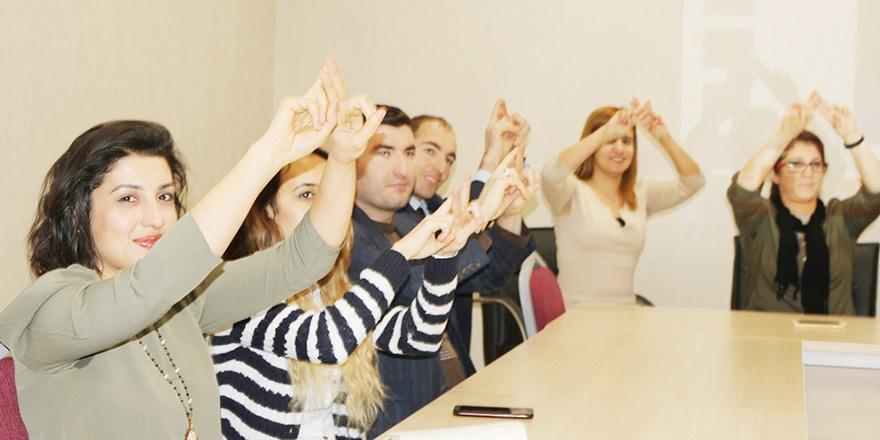 İşaret dilini öğrendiler
