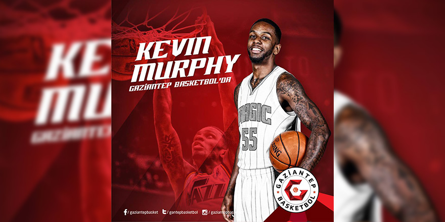 Son transfer Kevin Murphy oldu