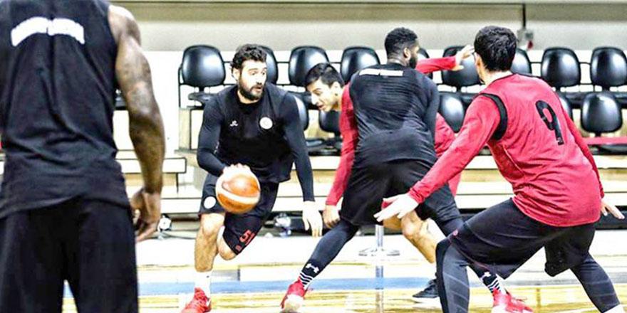 Gaziantep Basketbol çıkış arıyor
