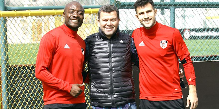 Futbolculara Demsoy'dan destek