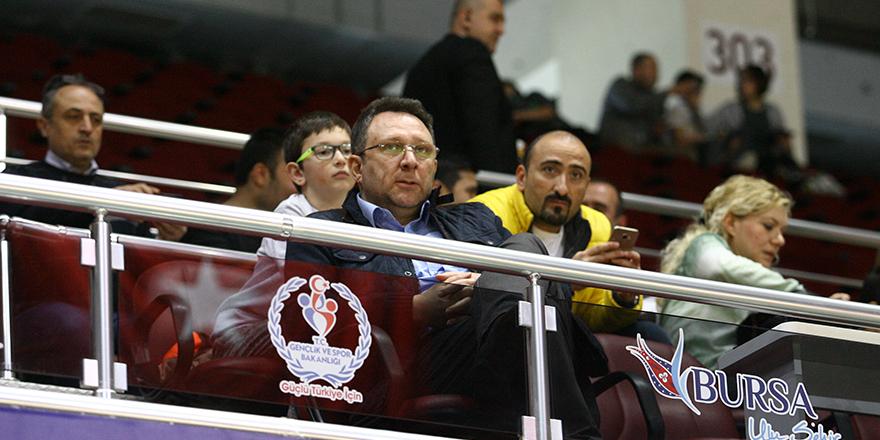 Yönetimi Mustafa Şen temsil etti