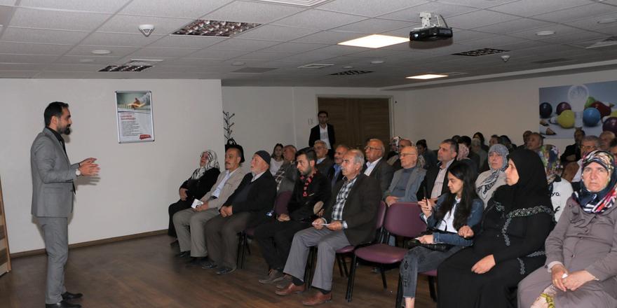Parkinson seminerine büyük ilgi