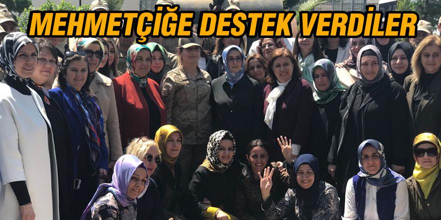 Mehmetçiğe destek verdiler