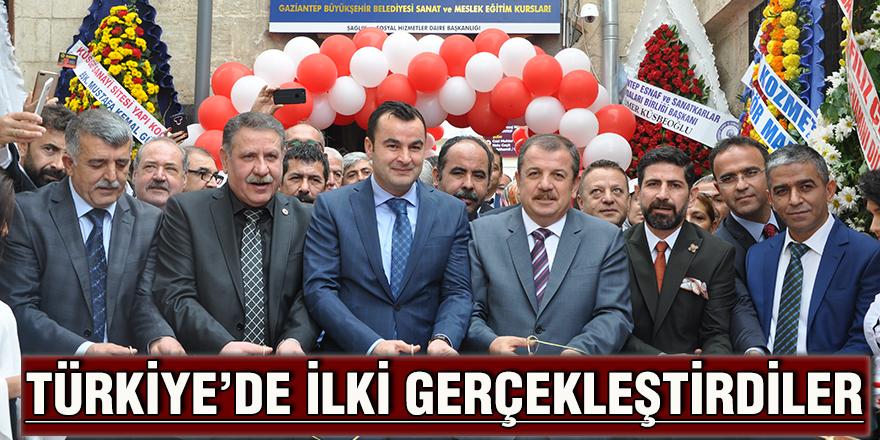 Türkiye'de ilki gerçekleştirdiler