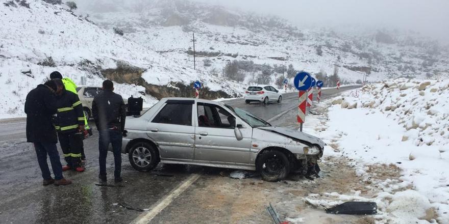 Otoyolda kar kazası
