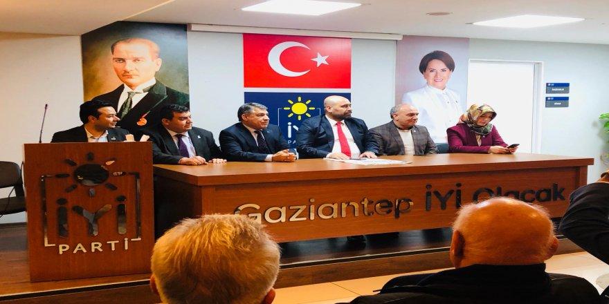 İYİ Parti'de sürpriz  Bekir Öztekin kararı