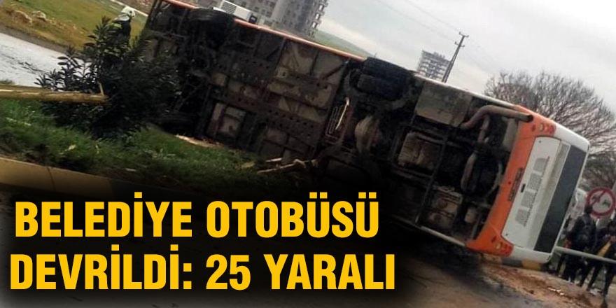 Gaziantep'te belediye otobüsü devrildi