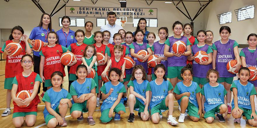 Basketbolda gelecek için adım