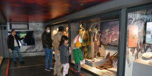 Çanakkale Savaşları Mobil Müzesi'ne ilgi