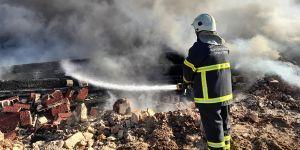 Yangında bin 500 ton su, 5 ton köpük harcandı