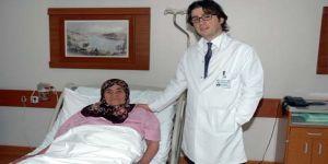 3,5 kiloluk tümör çıkarttılar