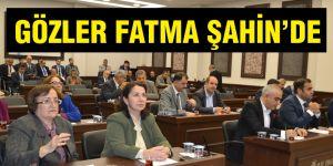 GÖZLER FATMA ŞAHİN'DE
