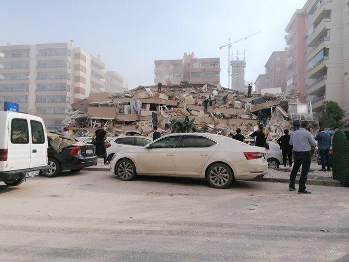 0x0-izmirdeki-korkutan-depremden-son-dakika-fotograflar-1604060484653.jpg