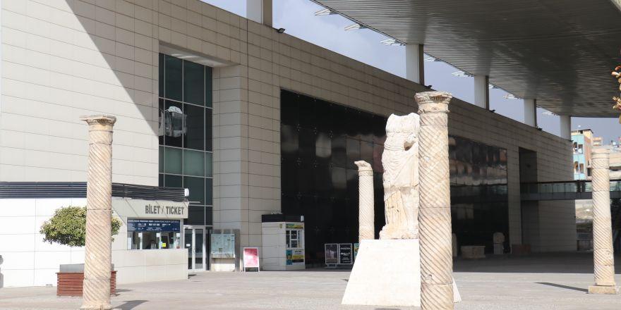 İntihar eden arkeoloğun çalıştığı müzede sayım sürüyor