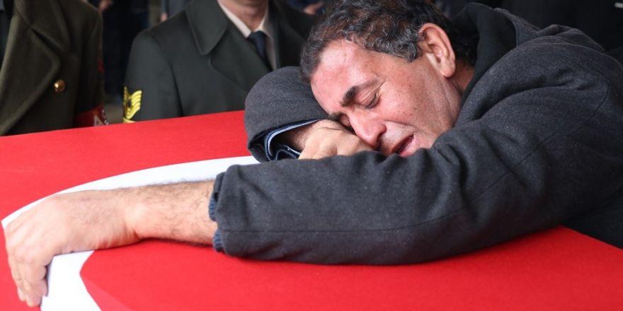 Gaziantepli şehit gözyaşlarıyla defnedildi