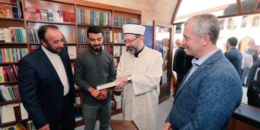 Diyanet İşleri Başkanı Erbaş, Mecidiye Han'ı ziyaret etti