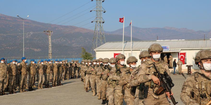 50 komando dualarla Suriye'ye gönderildi