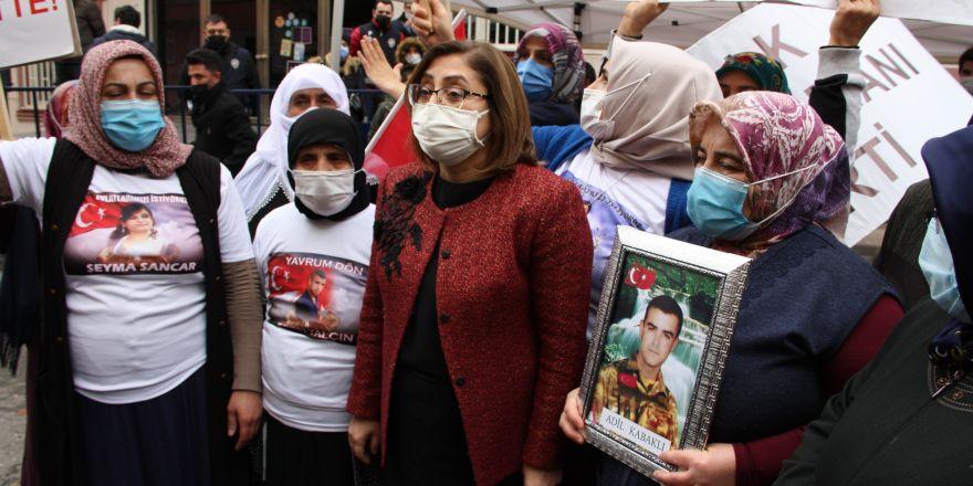 Gaziantep Büyükşehir Belediye Başkanı Şahin'i zılgıtlarla karşıladı