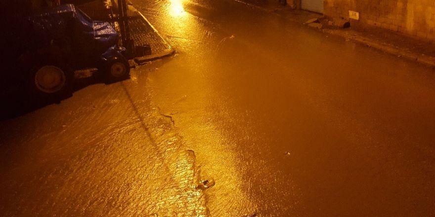Yavuzeli'nde yağmur etkili oldu