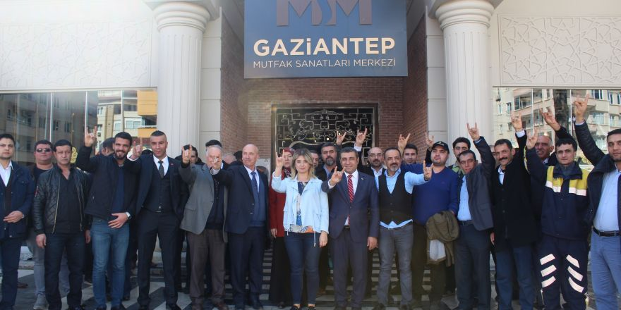 MHP Gaziantep teşkilatı kahvaltıda bir araya geldi
