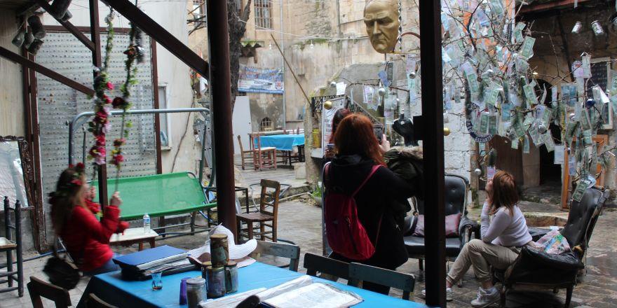 Gaziantep'te 2 TL'ye 3,5 ton parayı bir arada görme fırsatı