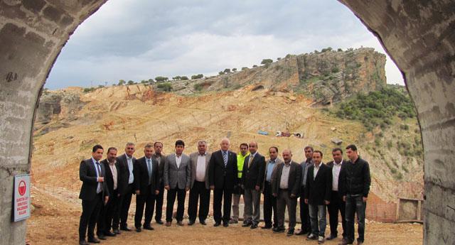 Erdoğan Ardıl Barajı'nı inceledi