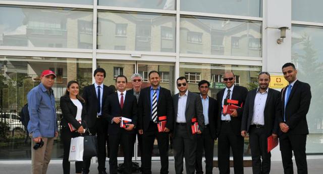 Bahreynli gazeteciler  konteyner kente gelecek